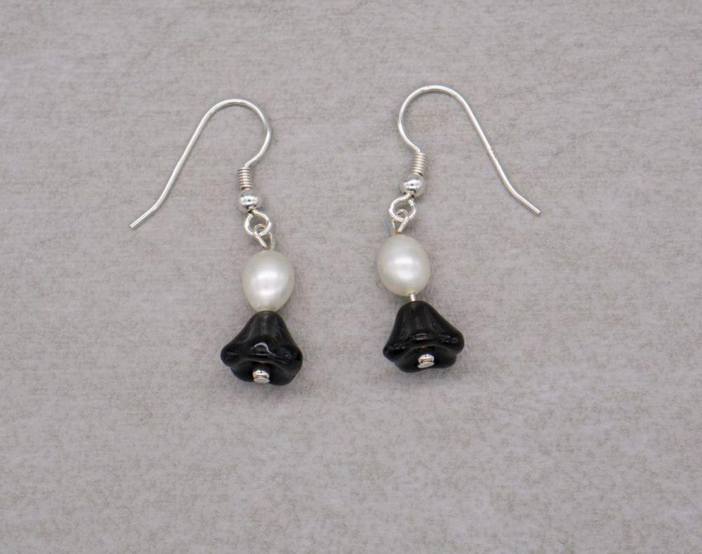 Sterling silver, freshwater pearl & floral black glass earrings