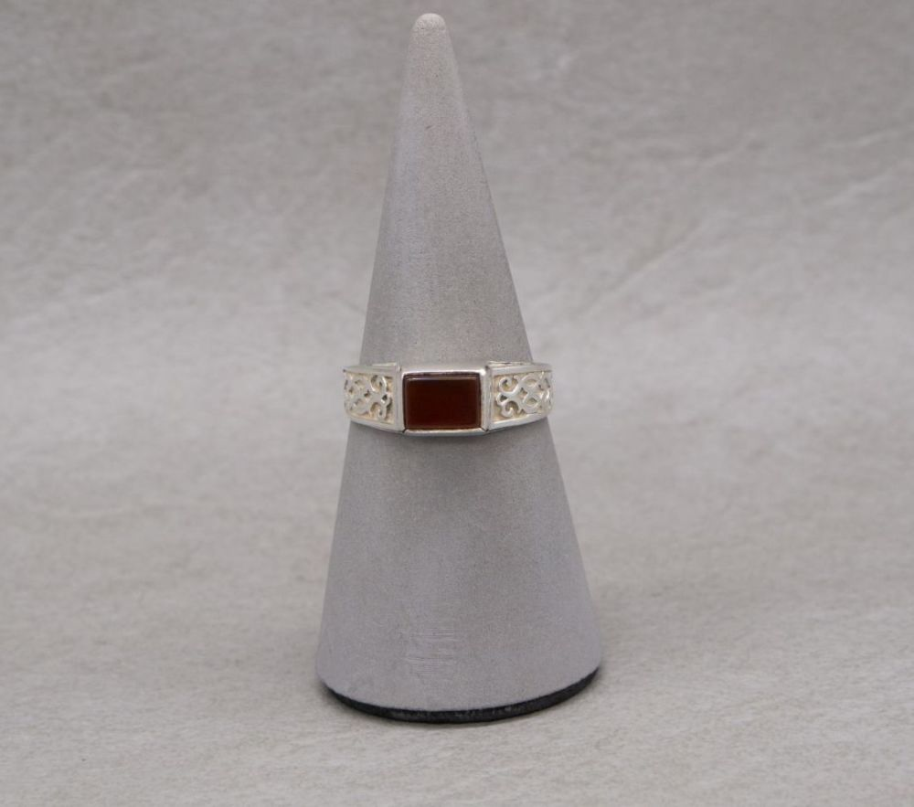 Sterling silver & carnelian ring with patterned shoulders