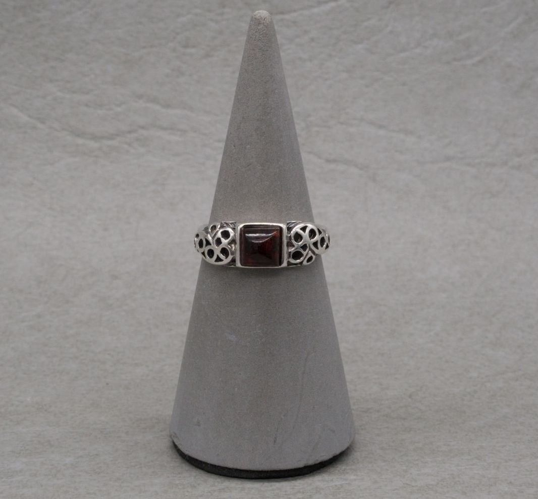Sterling silver & pressed amber ring with fancy shoulders