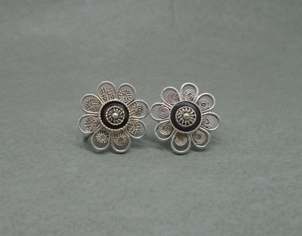 Vintage silver filigree flower earrings