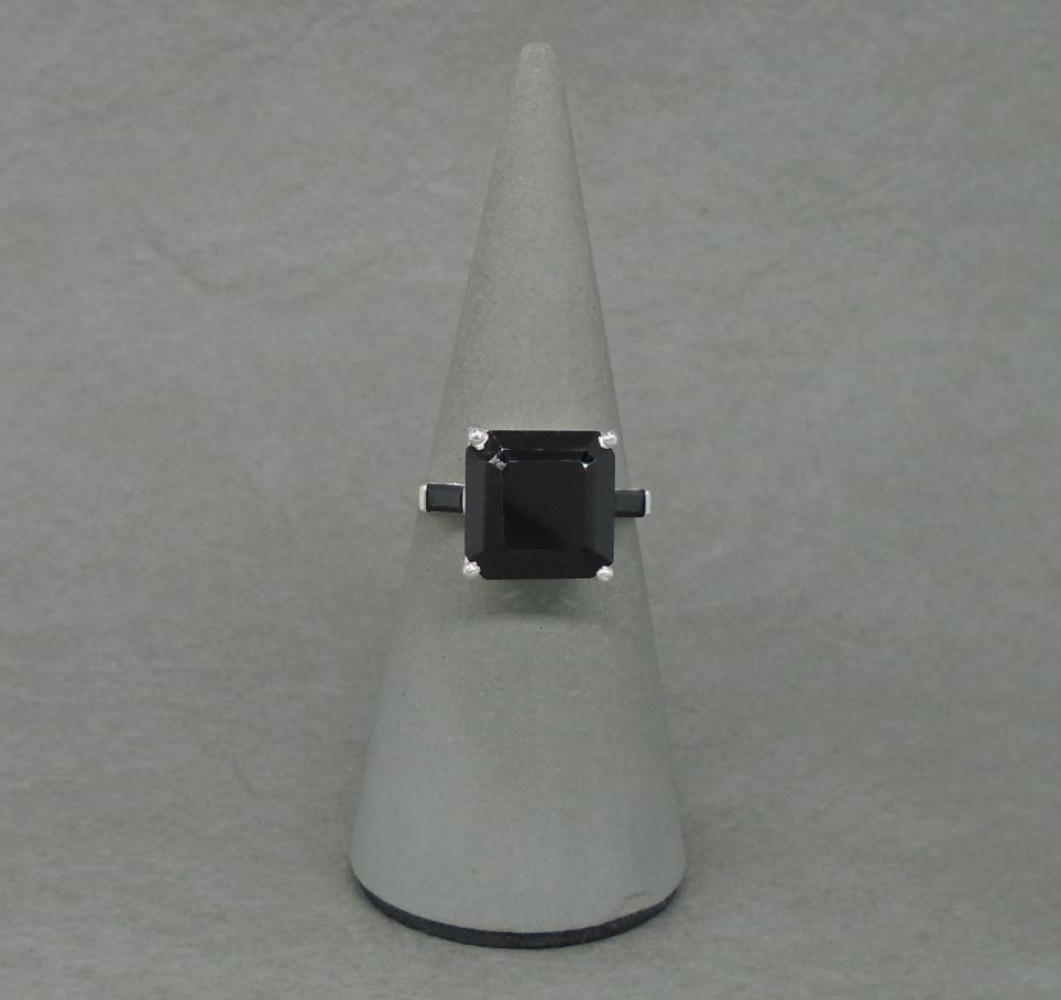 Square sterling silver & black spinel ring with accented shoulders