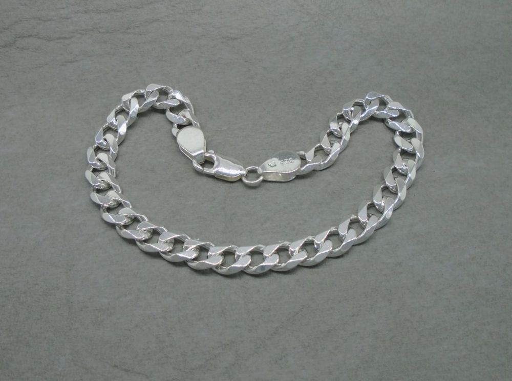 "Sterling silver beveled edge curb chain bracelet (8.5"", 7mm)"