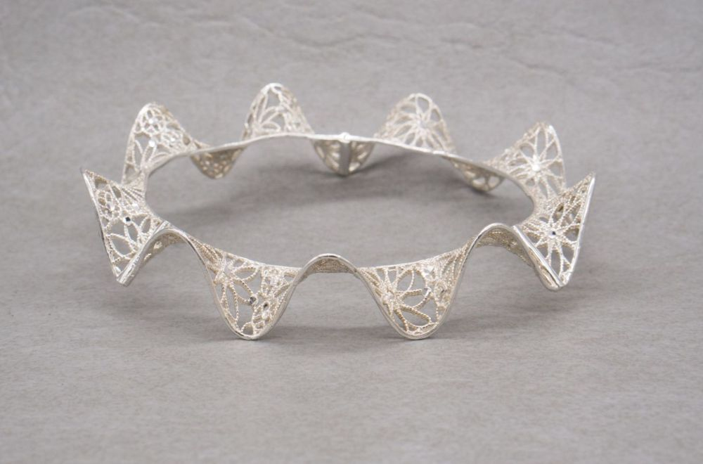 Unusual 'frilly cuff' sterling silver filigree bangle