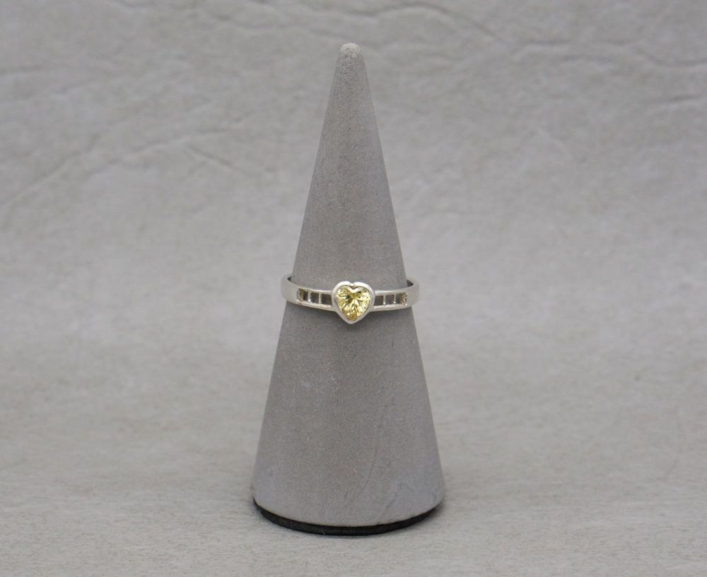 Sterling silver & yellow stone heart ring