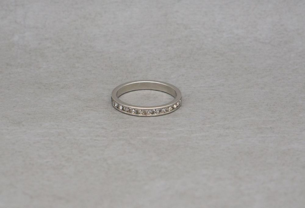 Sterling silver & clear stone full eternity band ring