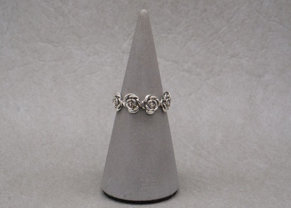 Sterling silver flower / floral / rose ring
