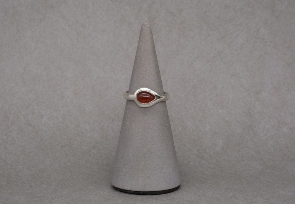 Sterling silver & carnelian ring
