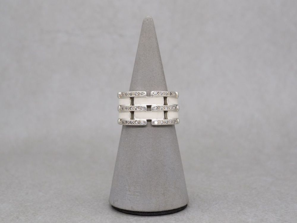 Sterling silver ring with enamel & stones