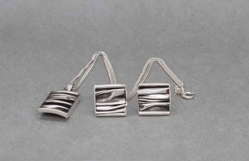 Crumpled sterling silver necklace & earring set