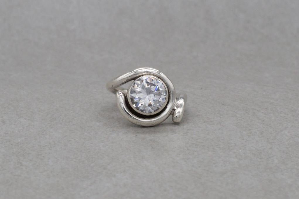 Unusual Polish silver solitaire ring