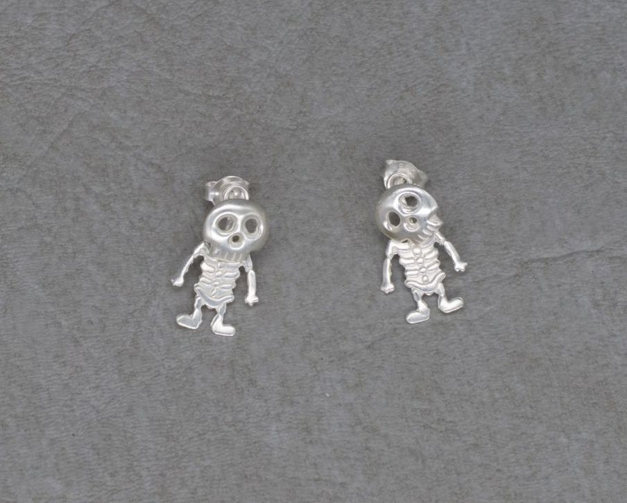 Quirky sterling silver 2-piece skeleton earrings
