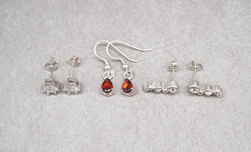 3 x sterling silver earrings; red teardrops, graduated clear stone & classi