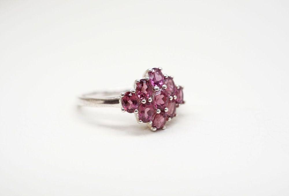 Sterling silver & garnet cluster ring