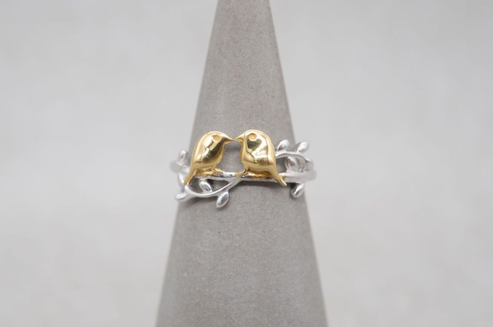 Cute sterling silver ring with two golden birds