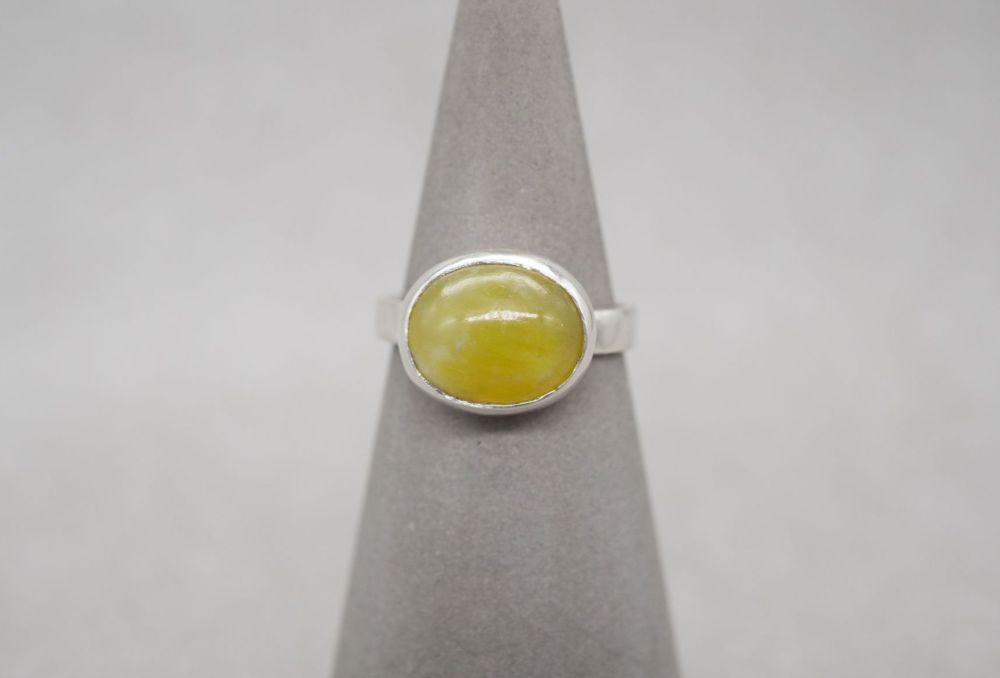Handmade sterling silver & lemon quartz solitaire ring