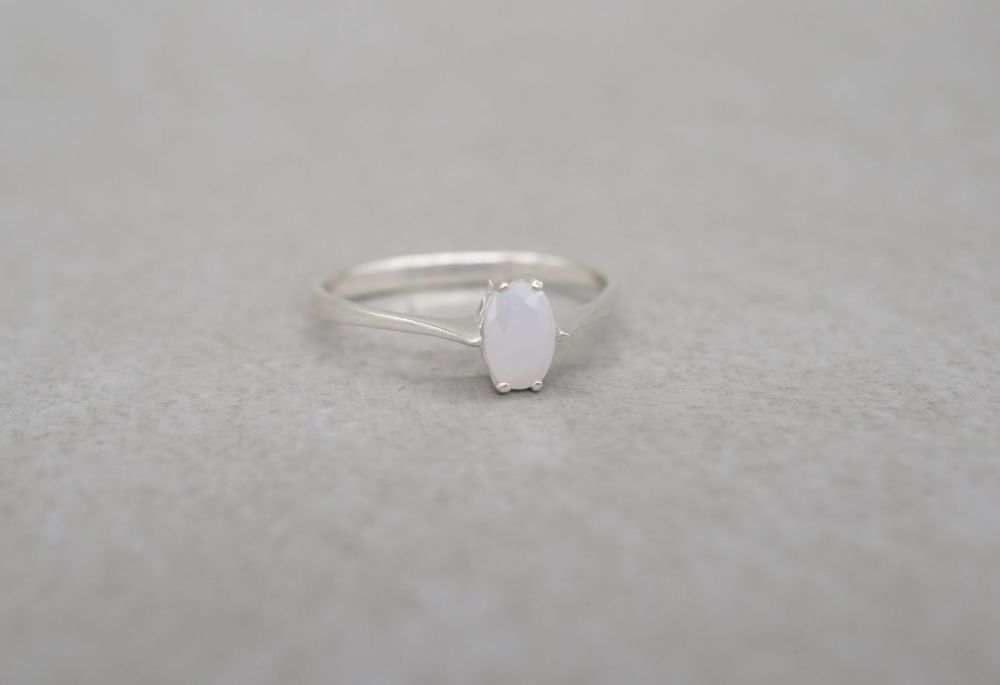 Dainty sterling silver & white stone solitaire ring