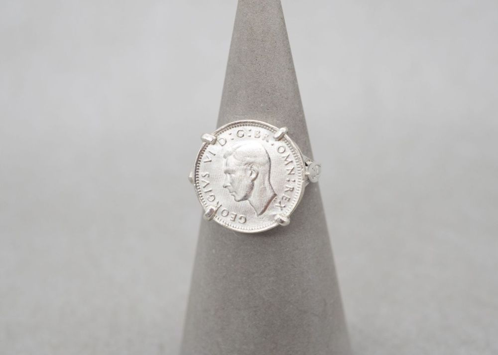 Vintage silver mounted 'Three Pence' coin ring dated 1940