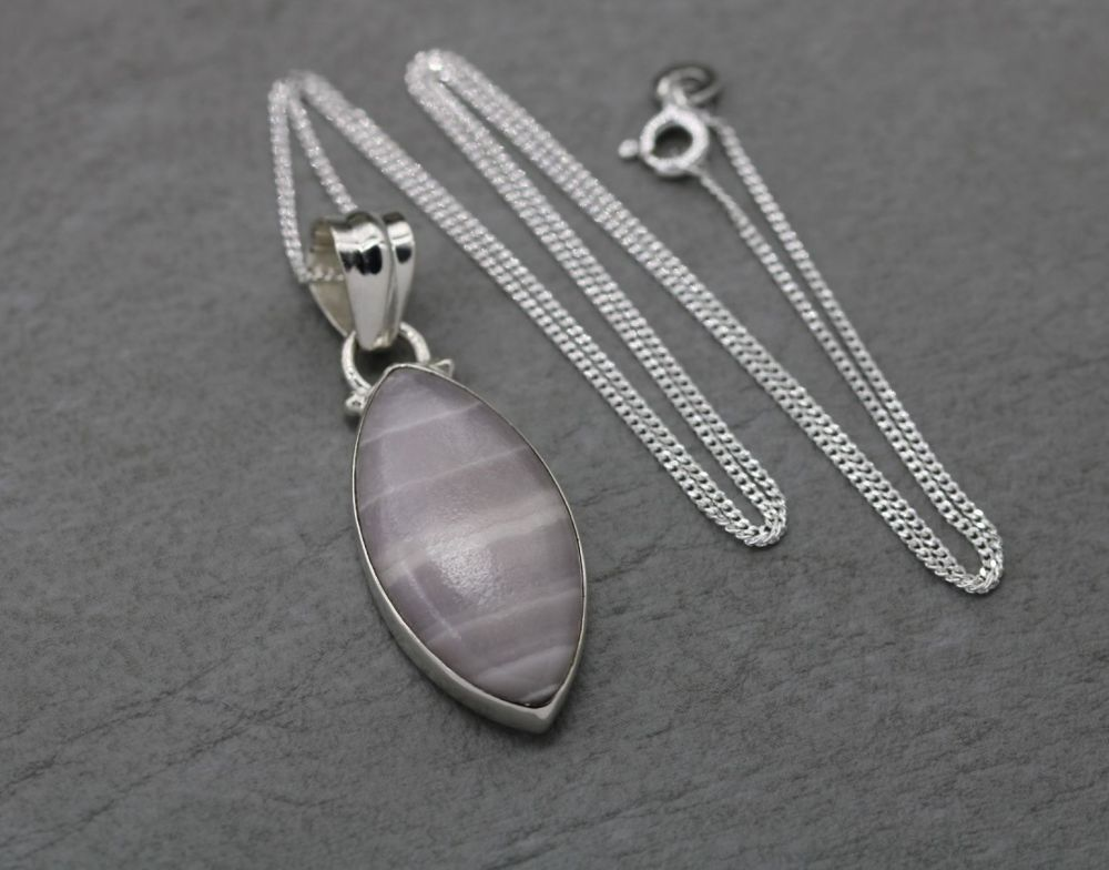 Sterling silver & pale pink striped gem stone necklace