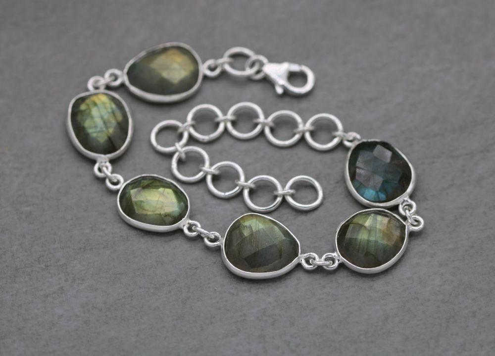 Sterling silver & faceted labradorite bracelet