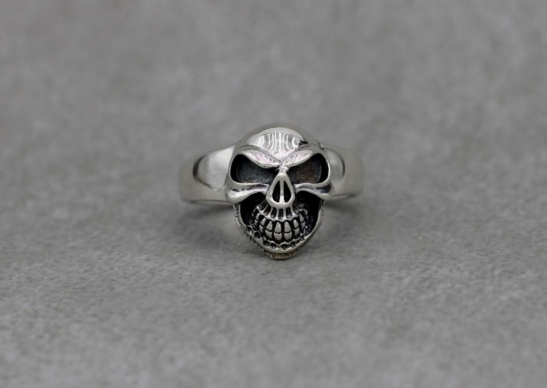 Sterling silver skull face ring