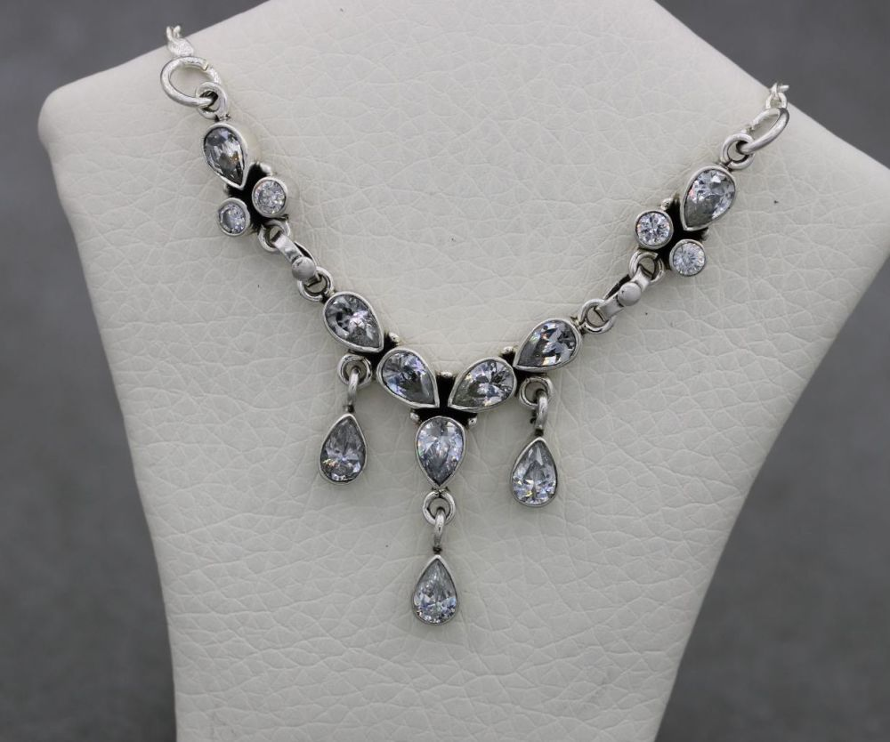Sterling silver & clear stone dropper necklace