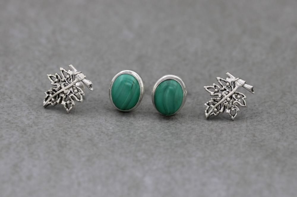 2 x pairs of sterling silver stud earrings; malachite & leaf