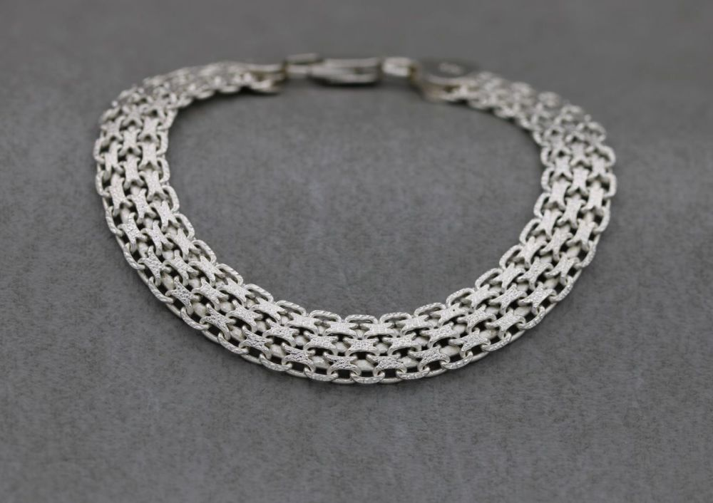 Italian sterling silver bracelet with textured detail