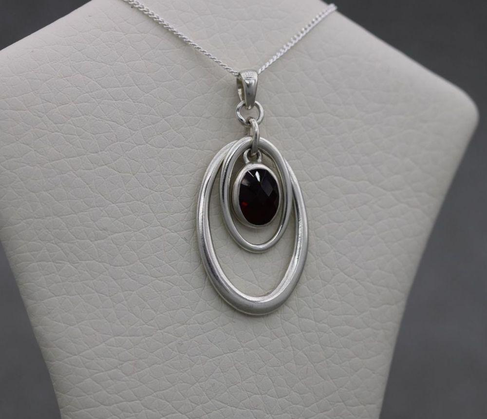 Sterling silver & faceted garnet necklace