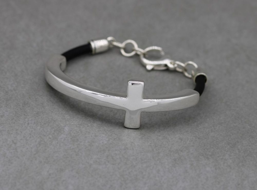 Unusual sterling silver & black rubber cross bracelet