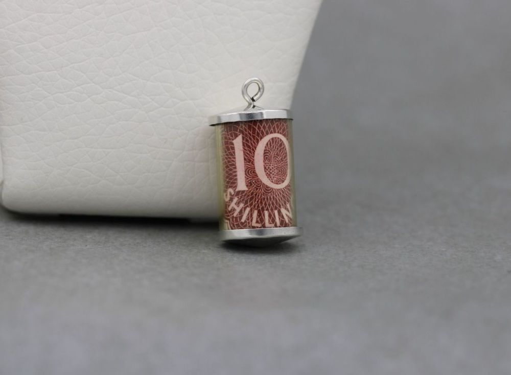 Vintage silver 10 shilling note charm