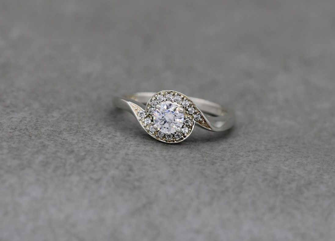 Fancy sterling silver & clear stone ring