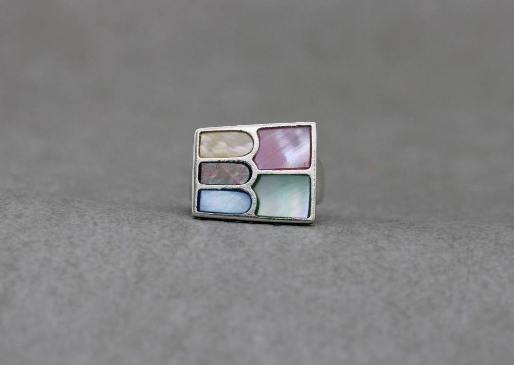 Sterling silver & dyed mother of pearl ring