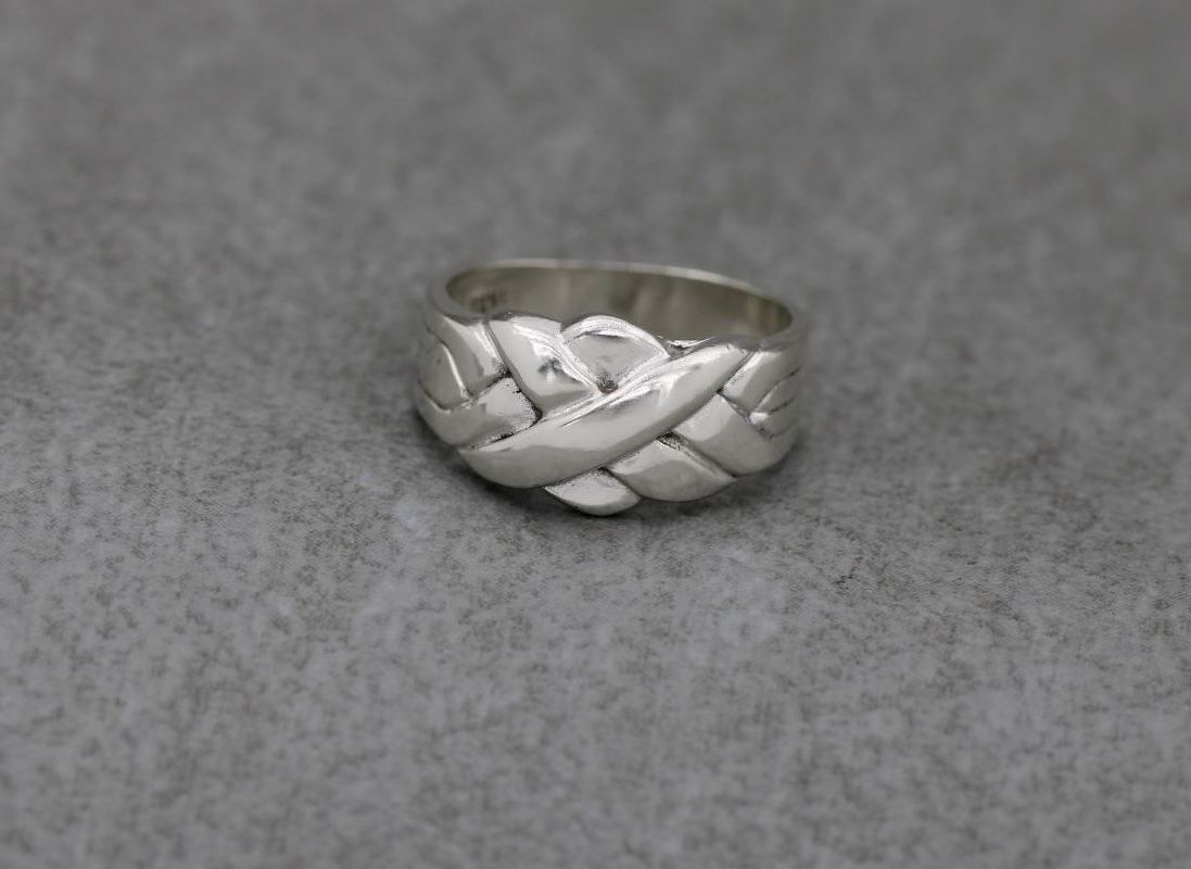 Vintage silver puzzle effect ring