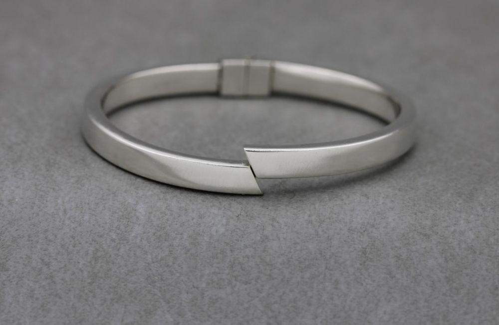Sterling silver clamper bangle
