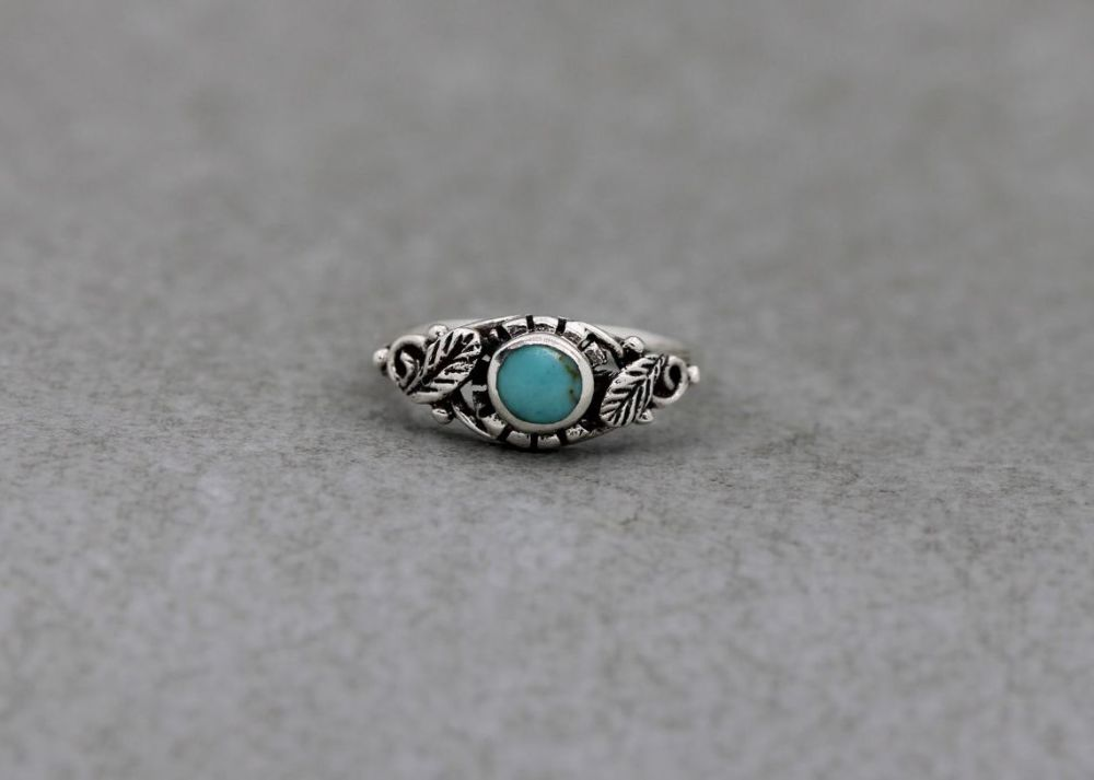 Sterling silver & light blue howlite ring with leaf shoulder detail