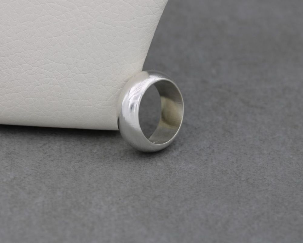 Sterling silver 'D' profile wedding band ring (M)