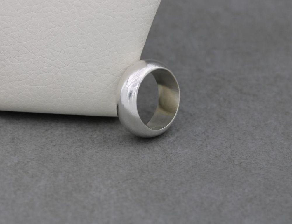 Sterling silver 'D' profile wedding band ring (N)