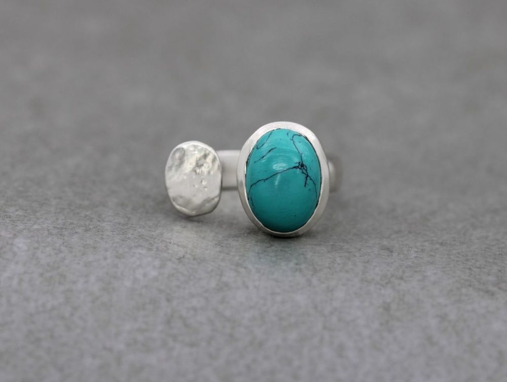 Handmade sterling silver & turquoise ring