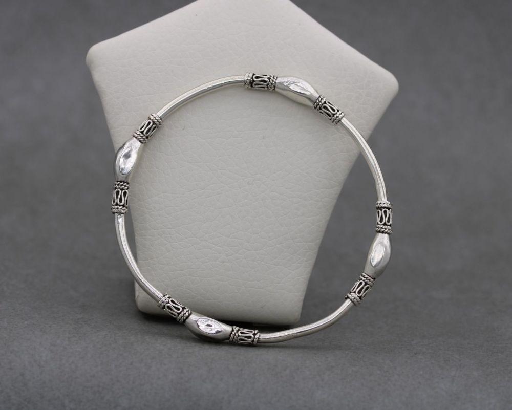Sterling silver Bali bangle