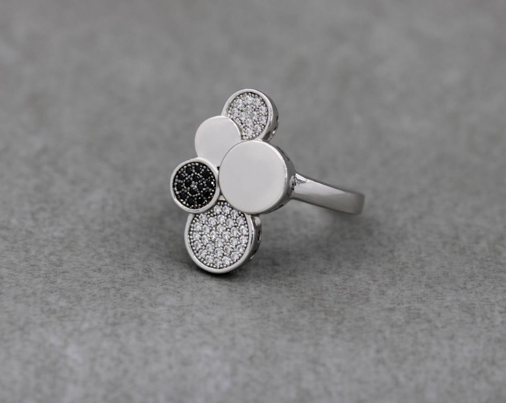 Long sterling silver ring with black & clear stones