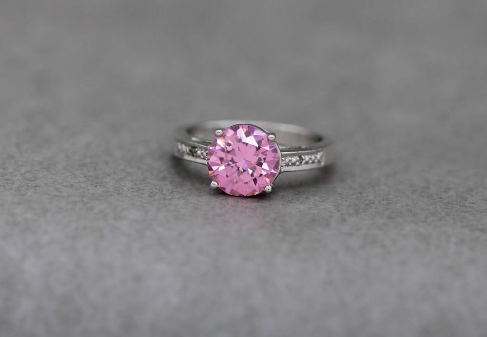 Sterling silver & faceted pink stone solitaire ring
