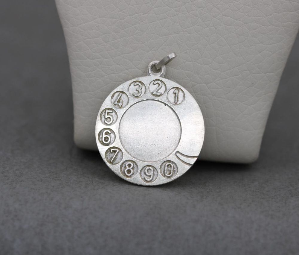 Unusual sterling silver charm / pendant; old-fashioned rotary dial telephone