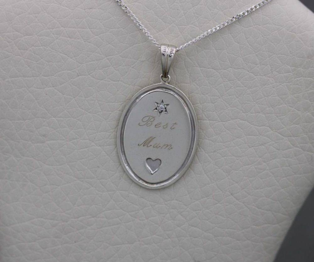 Sterling silver double-sided 'Best mum' & sentiment necklace