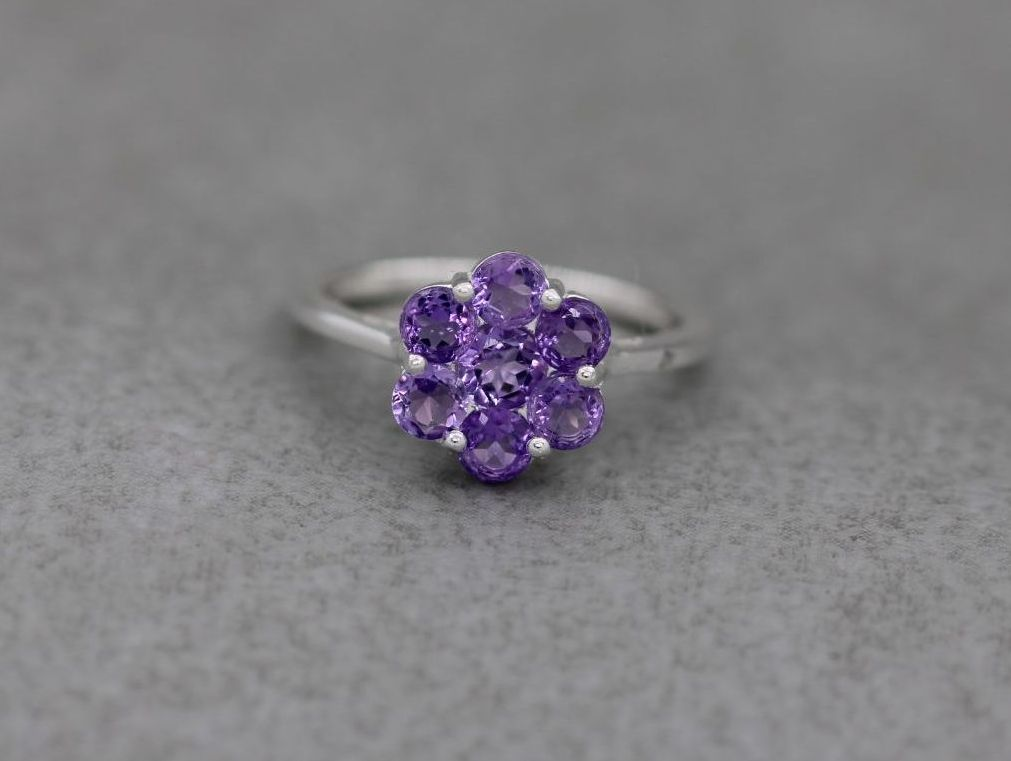 Sterling silver & amethyst cluster ring