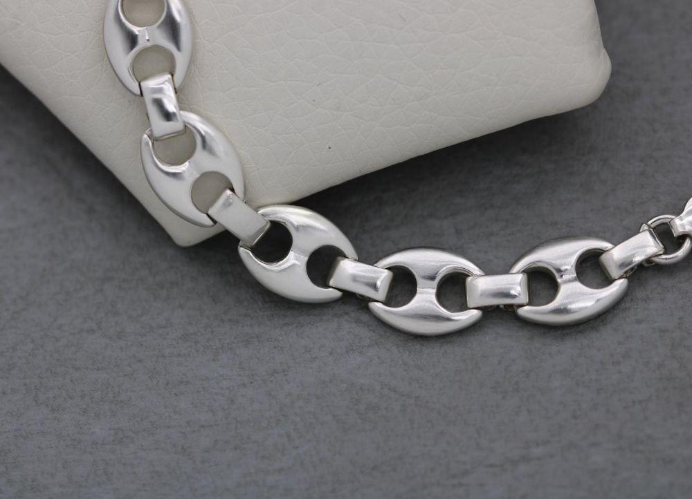 Sterling silver oval linked bracelet