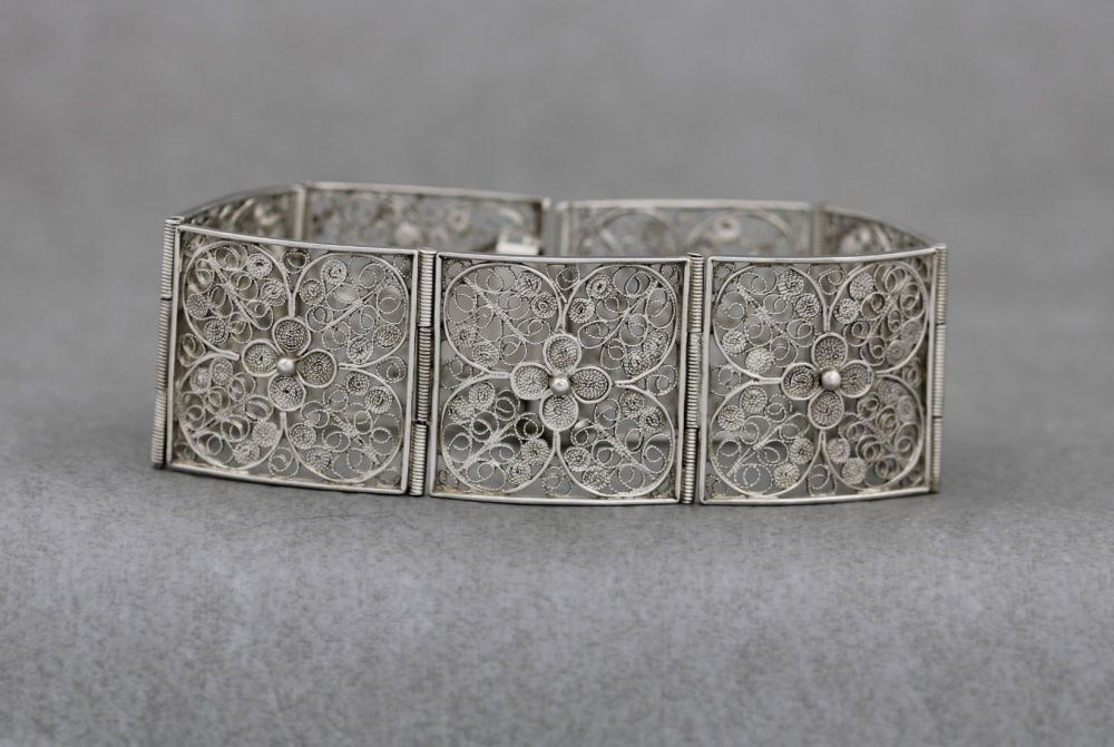 Wide 800 silver floral filigree panel bracelet with safety clasp