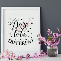 DARE TO BE DIFFERENT<br>15 x 15 cm