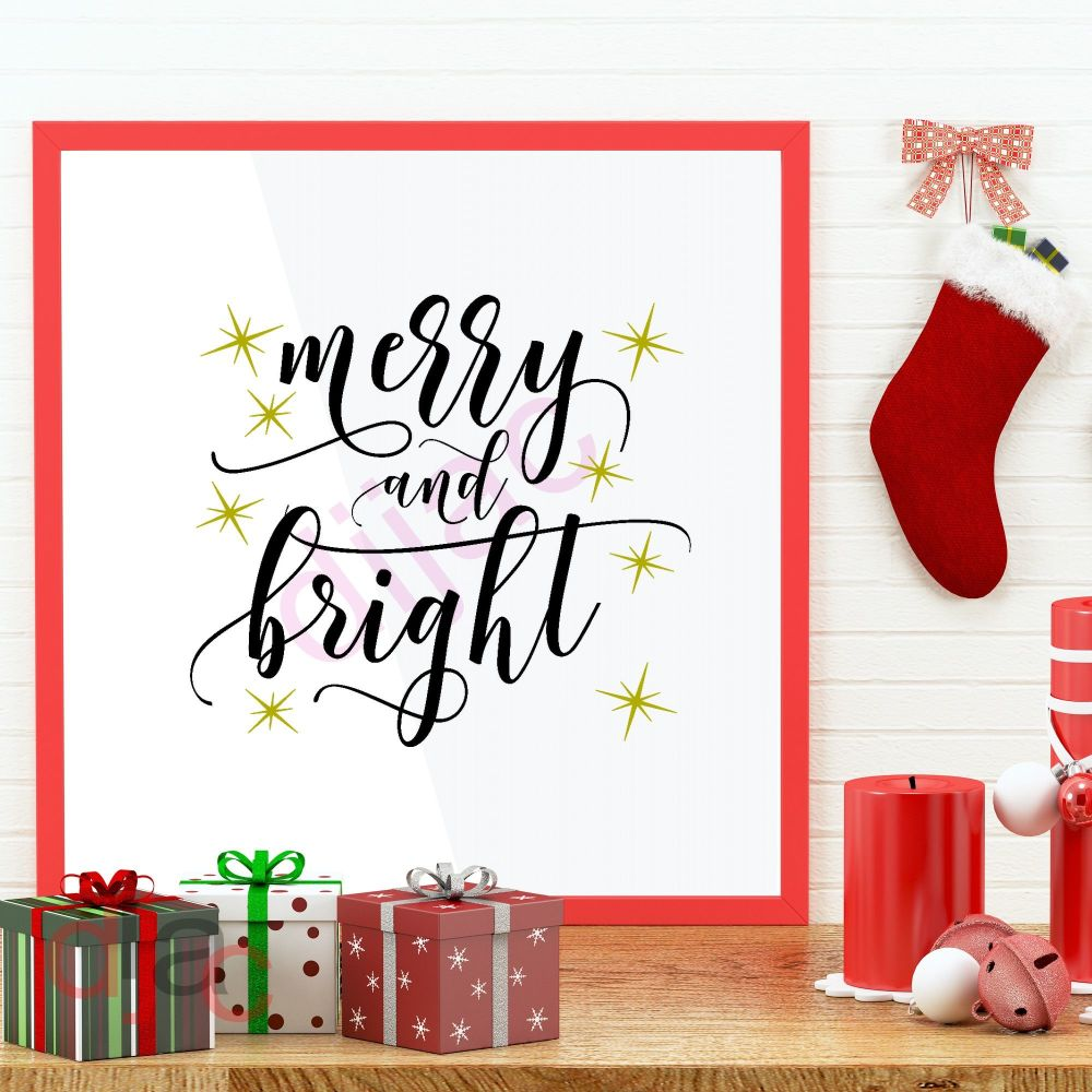 MERRY AND BRIGHT (D2)<br>15 x 15 cm