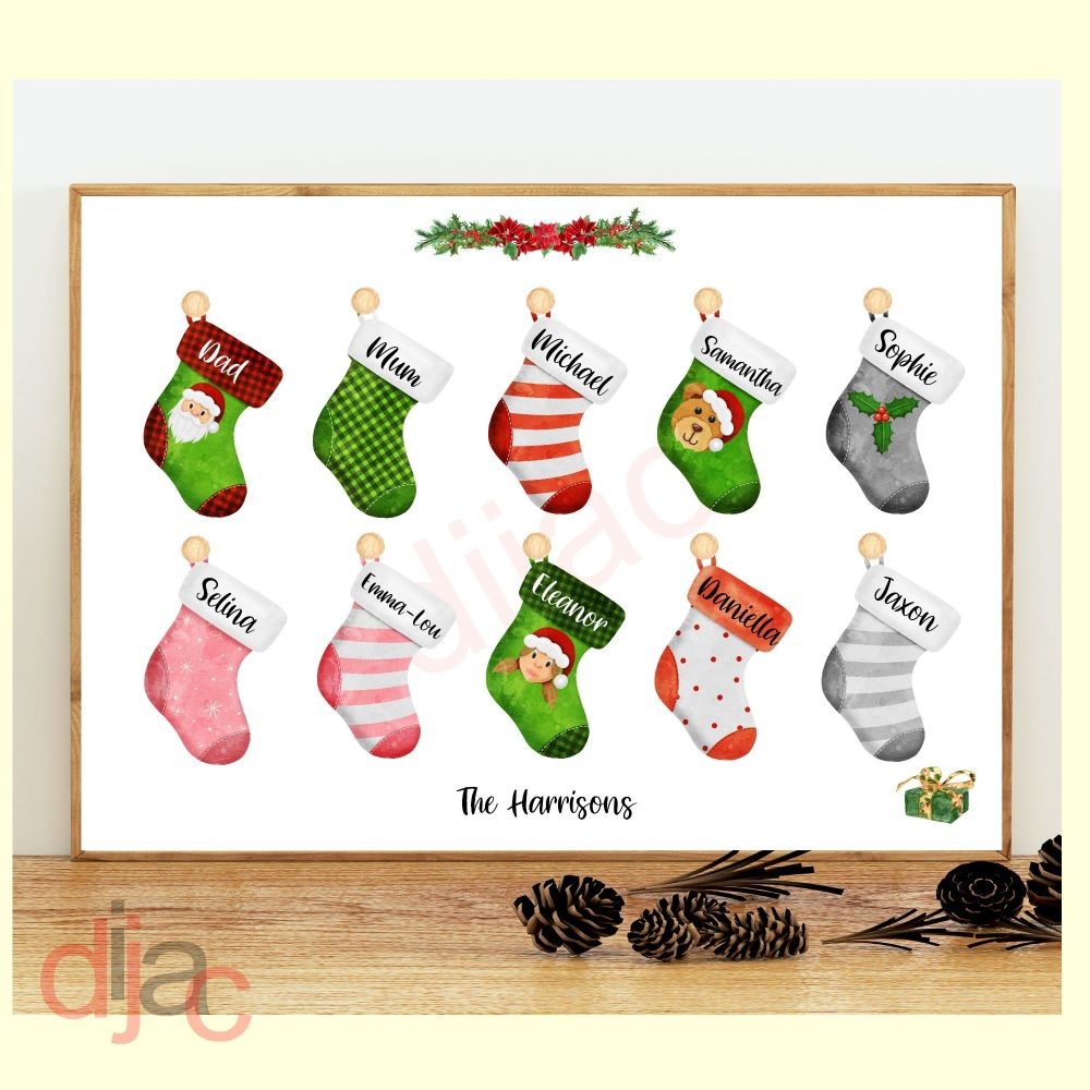 <!-- 009 -->10 CHARACTER CHRISTMAS STOCKING (D2) FAMILY PRINT