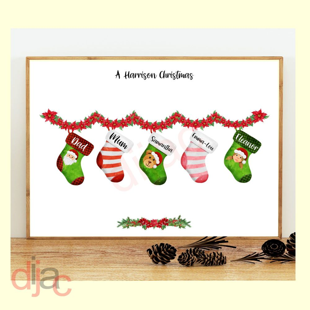 <!-- 001 -->5 CHARACTER CHRISTMAS STOCKING (D1) FAMILY PRINT